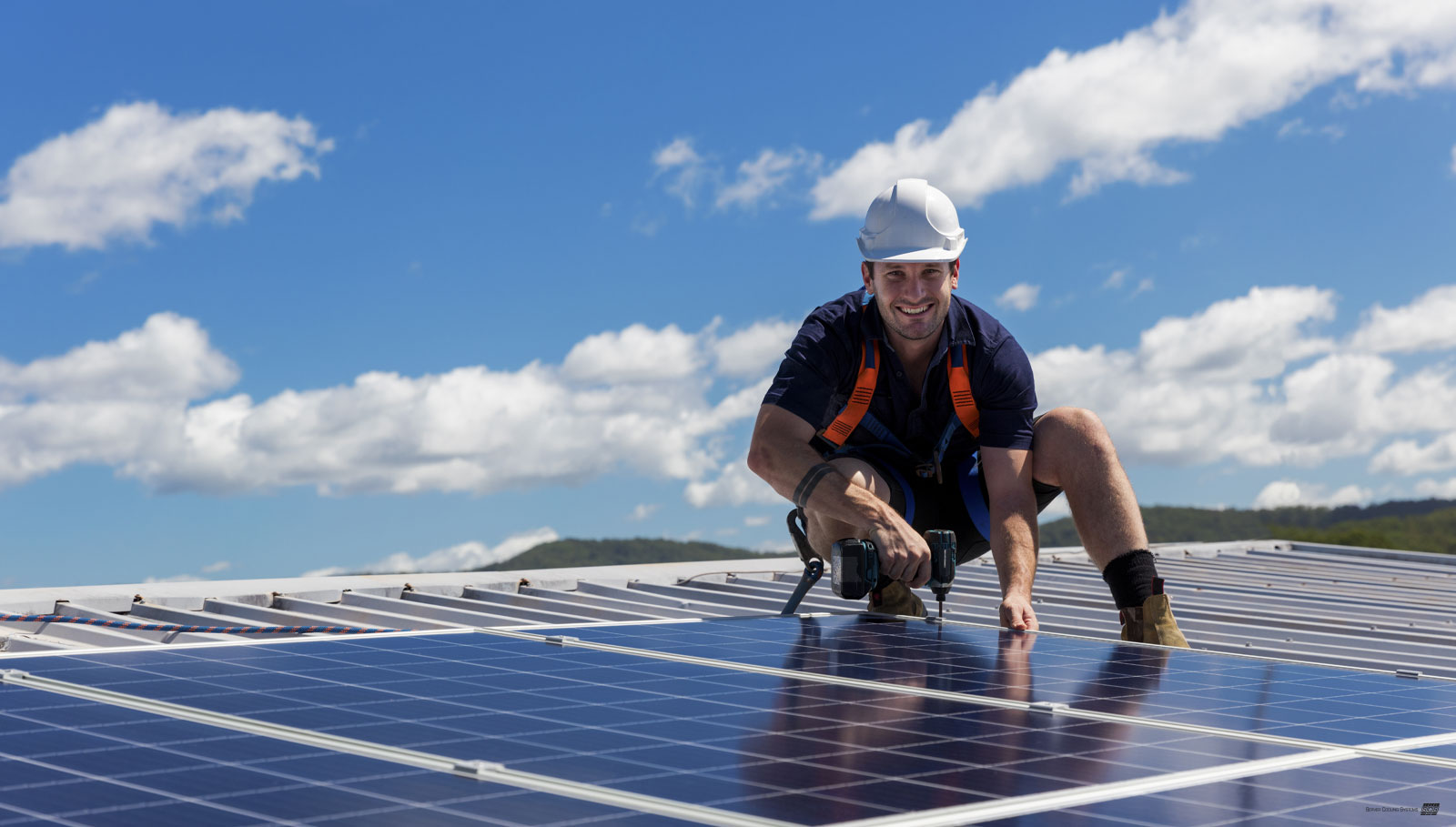 photovoltaik-solaranlage-server-cooling-systems